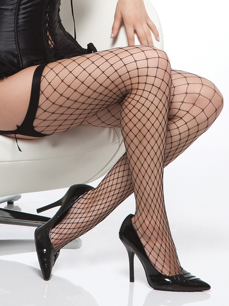 Black Diamond Fishnet Stocking by Coquette